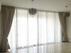 Copy-of-curtains_1-300x225
